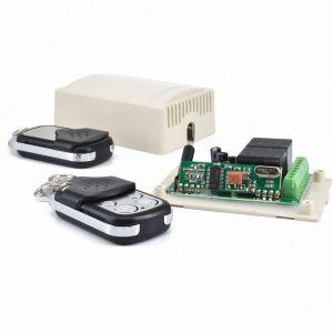 Mottakker med to fjernkontroller - fjernstyring av enheter