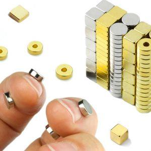 Magnetsett med 114 små magneter