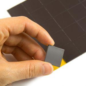 Magnetiske firkanter 20 x 20 mm med lim, 40 stk.