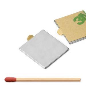 Firkantet selvklebende blokk magnet 20 x 20 x 1 mm
