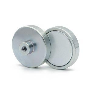 Magnet Ø 40 x 8,5 mm med gjenget hylse M6