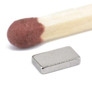 Mini magnet 5 x 3 x 1 mm