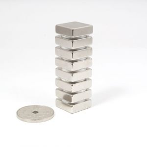 Blokk magnet 15 x 15 x 5 mm