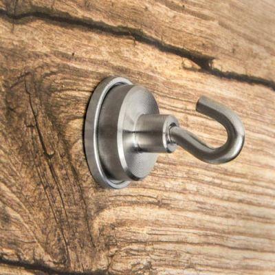 Metallskive Ø 21 mm med skruehull og forhøyet kant