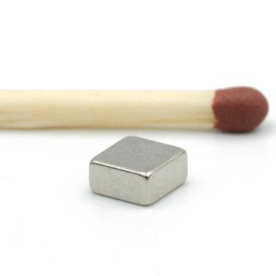 Firkantet blokkmagnet 5 x 5 x 2,5 mm N52