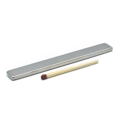 Tynn og lang blokkmagnet 80 x 10 x 3 mm